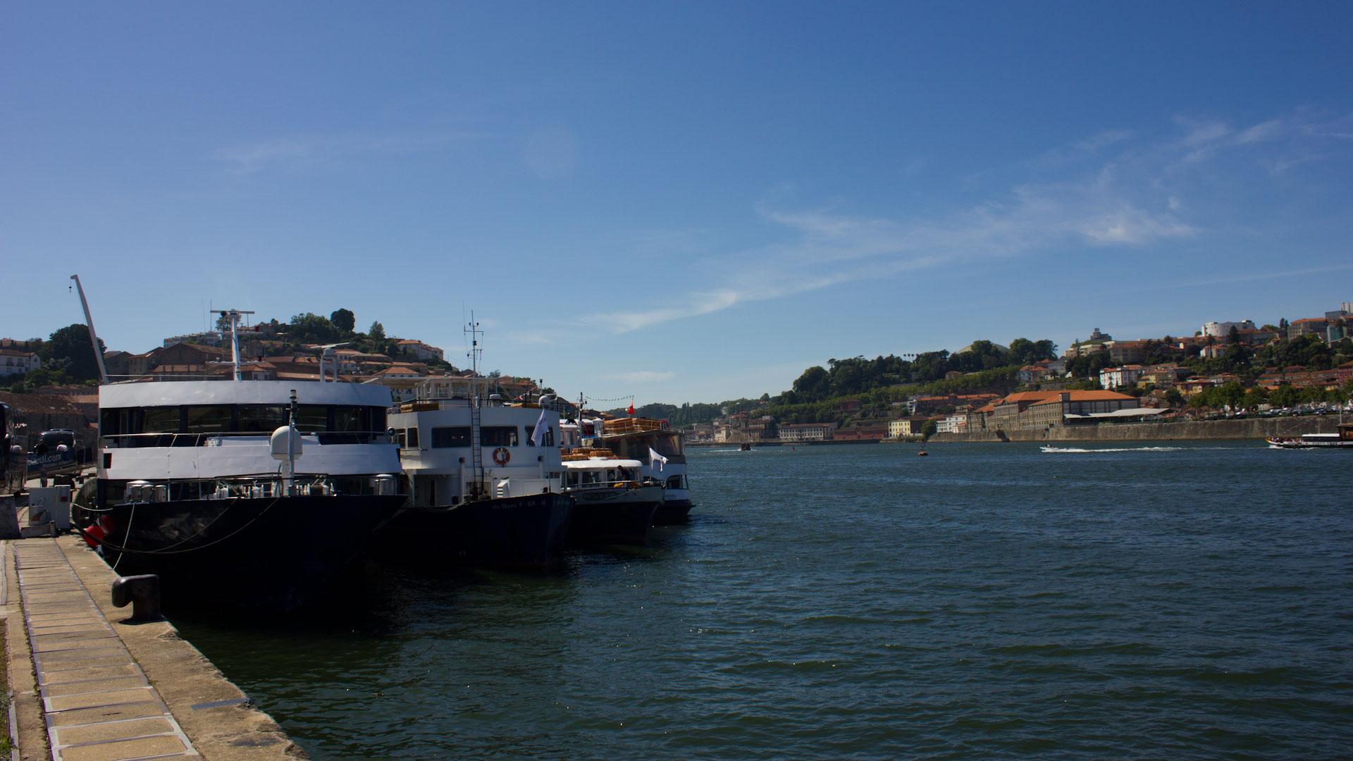 Cruise boats in Porto